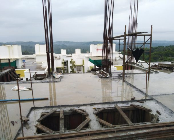 CONCRETING OF FIFTH FLOOR COLUMNS (70% COMPLETED) [31-08-2019]