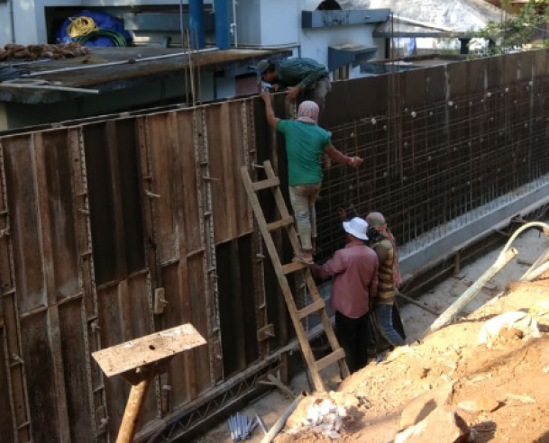 SHUTTERING WORK FOR COMPOUND WALL : 28-02-2019