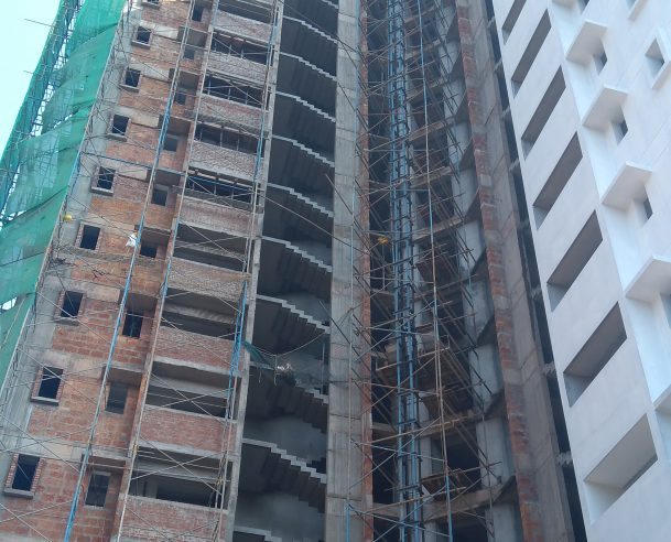 TOWER B -OUTSIDE WALL PLASTERING - FLAT B  AREA 80% COMPLETED 01-01-2018